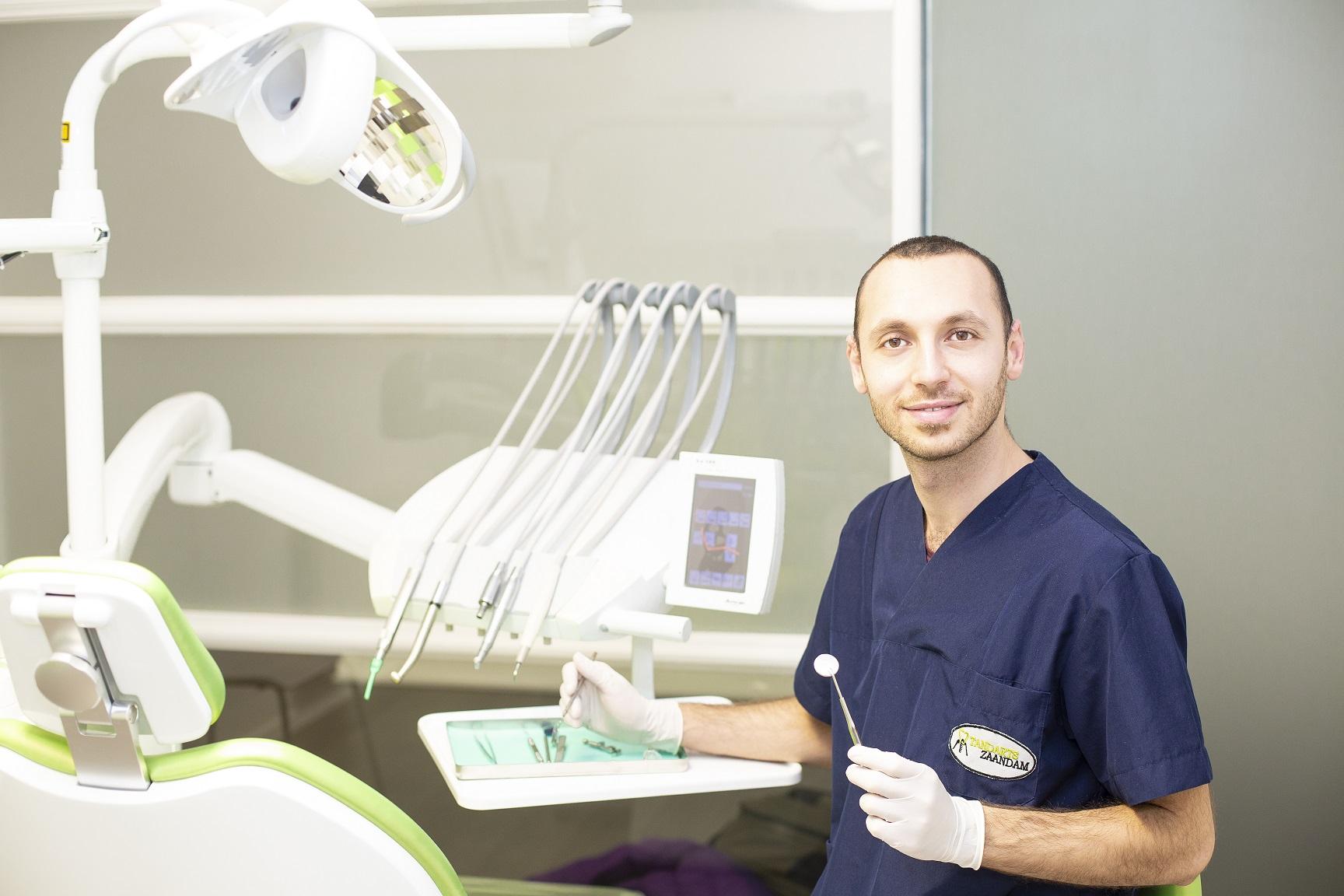 Hamzah Eiz Aldin uit Syrië zet alles op alles om tandarts te worden